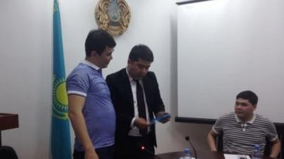 Сыр жайдарманшылары Нұрлан Қоянбаевпен кездесті